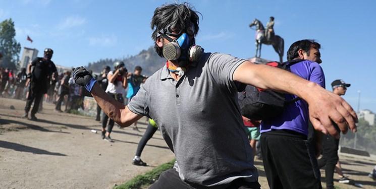 اعتراضات شیلی، درگیری های خشونت آمیز معترضان با پلیس