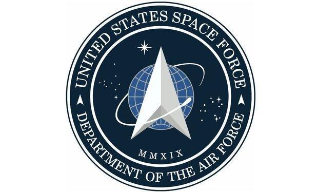 آرم نیروی فضایی آمریکا با الهام از فیلم جنگ ستارگان