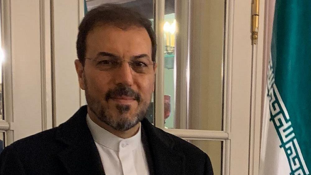 خبرنگاران سفیر ایران در بلژیک: ایران در مخالفت با تحریم های آمریکا تنها نیست