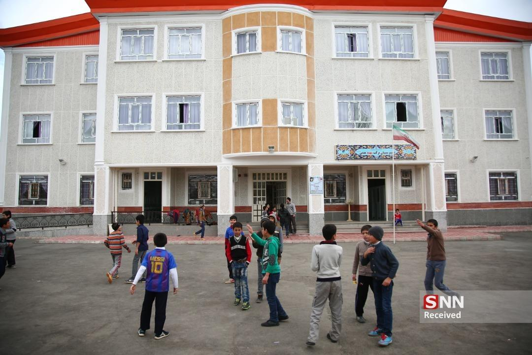 ساخت 120 مدرسه برکت در سال 99