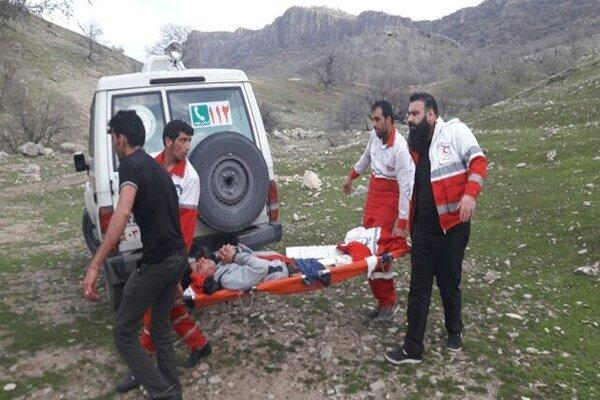 نجات جان چوپان 25 ساله در ارتفاعاتدرب کلات دنا