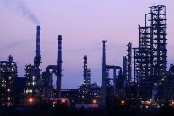فراوری مجموعه نرم افزارهای طراحی پروژه های نفتی