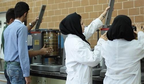 صندوق پژوهش و فناوری گیلان از شرکت های فناور حمایت اقتصادی می نماید