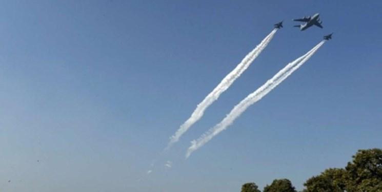 پرواز جنگنده های پاکستان نزدیک مرز با هند؛ آماده باش پایگاه های هند