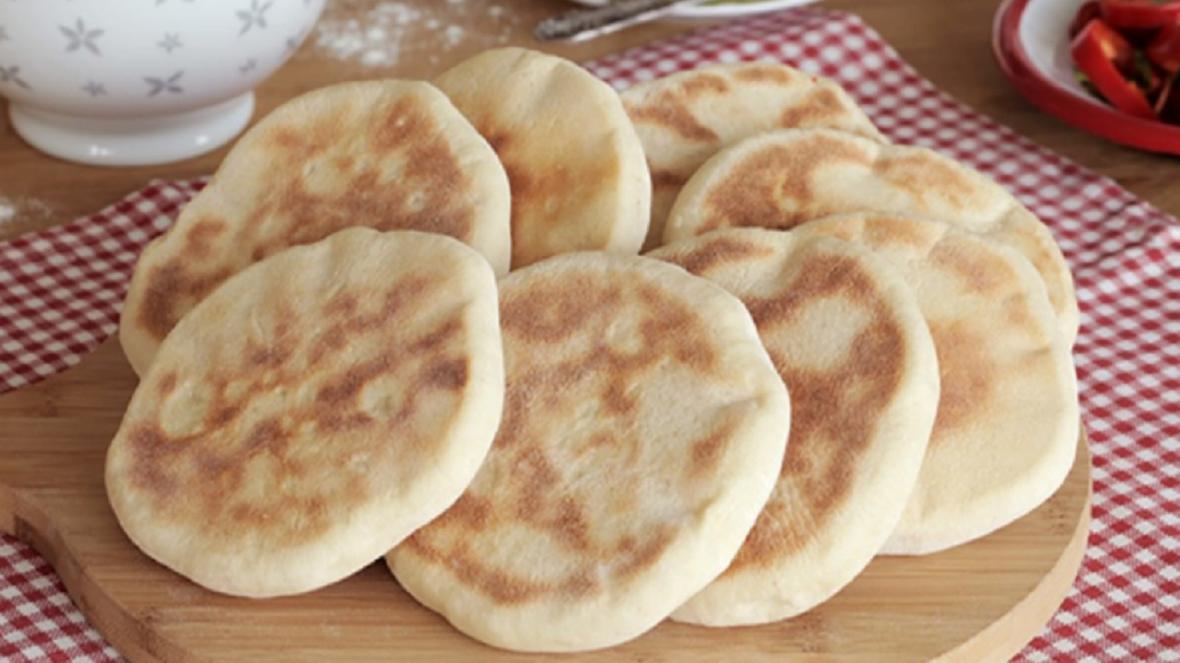 طرز تهیه نان خوشمزه ترکیه ای بدون احتیاج به فر
