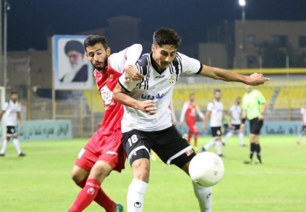 لیگ برتر فوتبال، تساوی نفت مسجدسلیمان و فولاد در نیمه اول