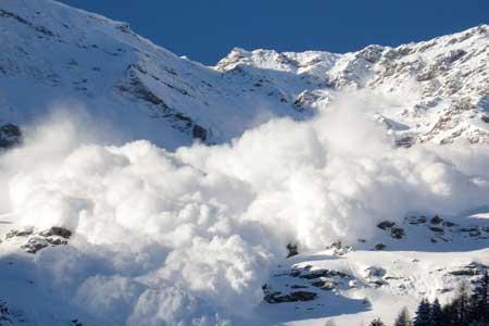 افزایش دمای هوا در اغلب مناطق کشور ، احتمال ریزش بهمن در ارتفاعات البرز