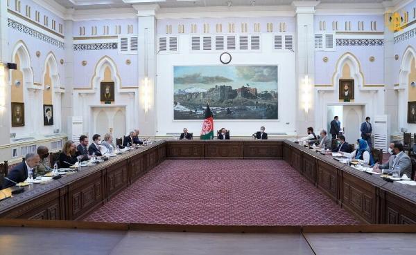 شروع دور جدید مذاکرات خلیل زاد با مقامات افغانستان
