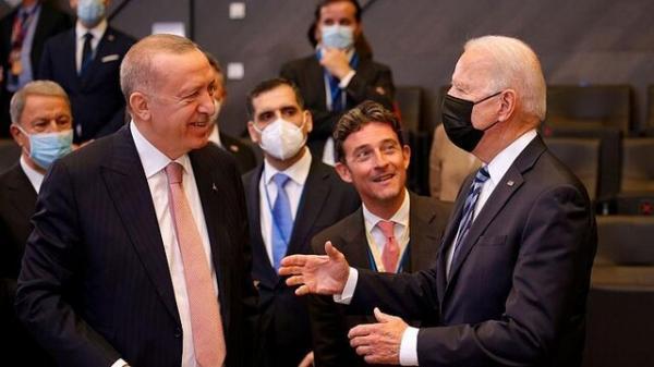 اولین ملاقات اردوغان و بایدن، از خط و نشان برای یکدیگر تا اعلام دوستی و دعوت رئیس جمهور آمریکا به ترکیه، عکس